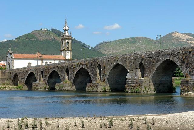 Ponte de Lima - Foto de Osvaldo Gago, wikipédia