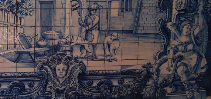 Azulejos com as fábulas de La Fontaine, na Igreja de São Vicente de Fora