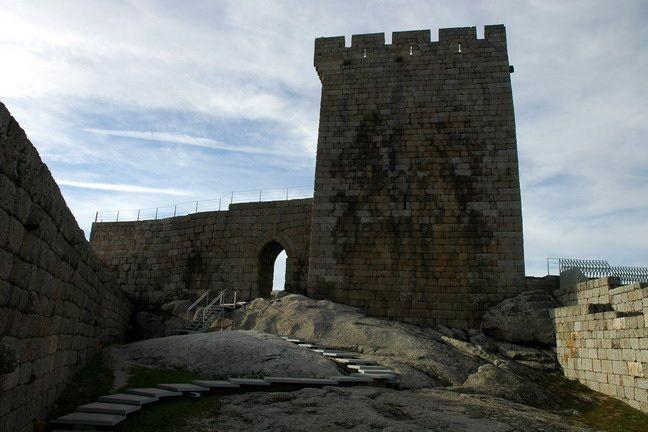 Castelo de Linhares da Beira, em Celorico da Beira