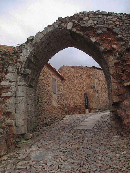 Castelo de Castelo Rodrigo © David Machado, via Wikimedia Commons