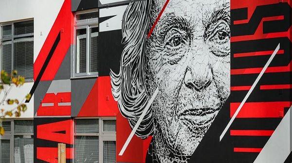 Mural do artista de arte urbana Samina, em Lagos. Foto: Luís Forra/ Lusa