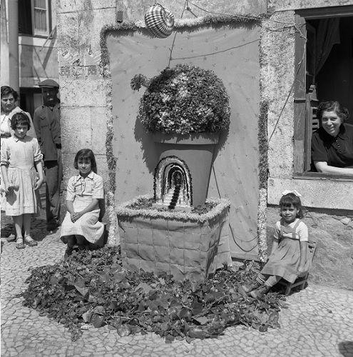 Concurso Tronos de Santo António, 1.º prémio, Armando Serôdio, 1953, Arquivo Municipal de Lisboa / Arquivo Fotográfico