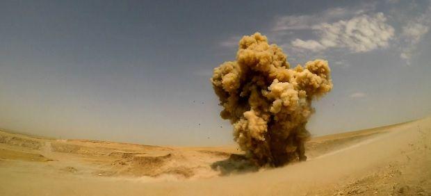 A equipa que comanda é responsável por desmantelar armadilhas num território arrasado pela ocupação Daesh DR