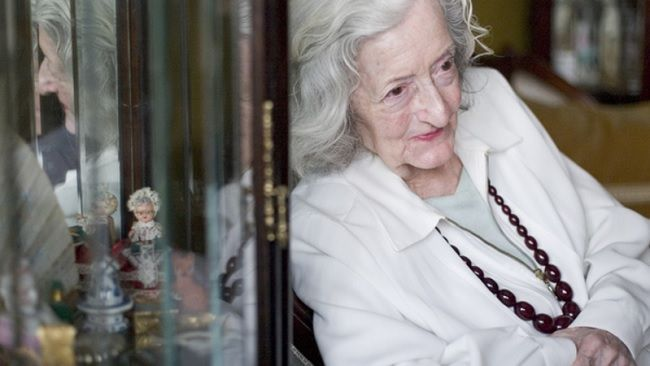 A escritora Matilde Rosa Araújo  © Rui Coutinho/Global Imagens